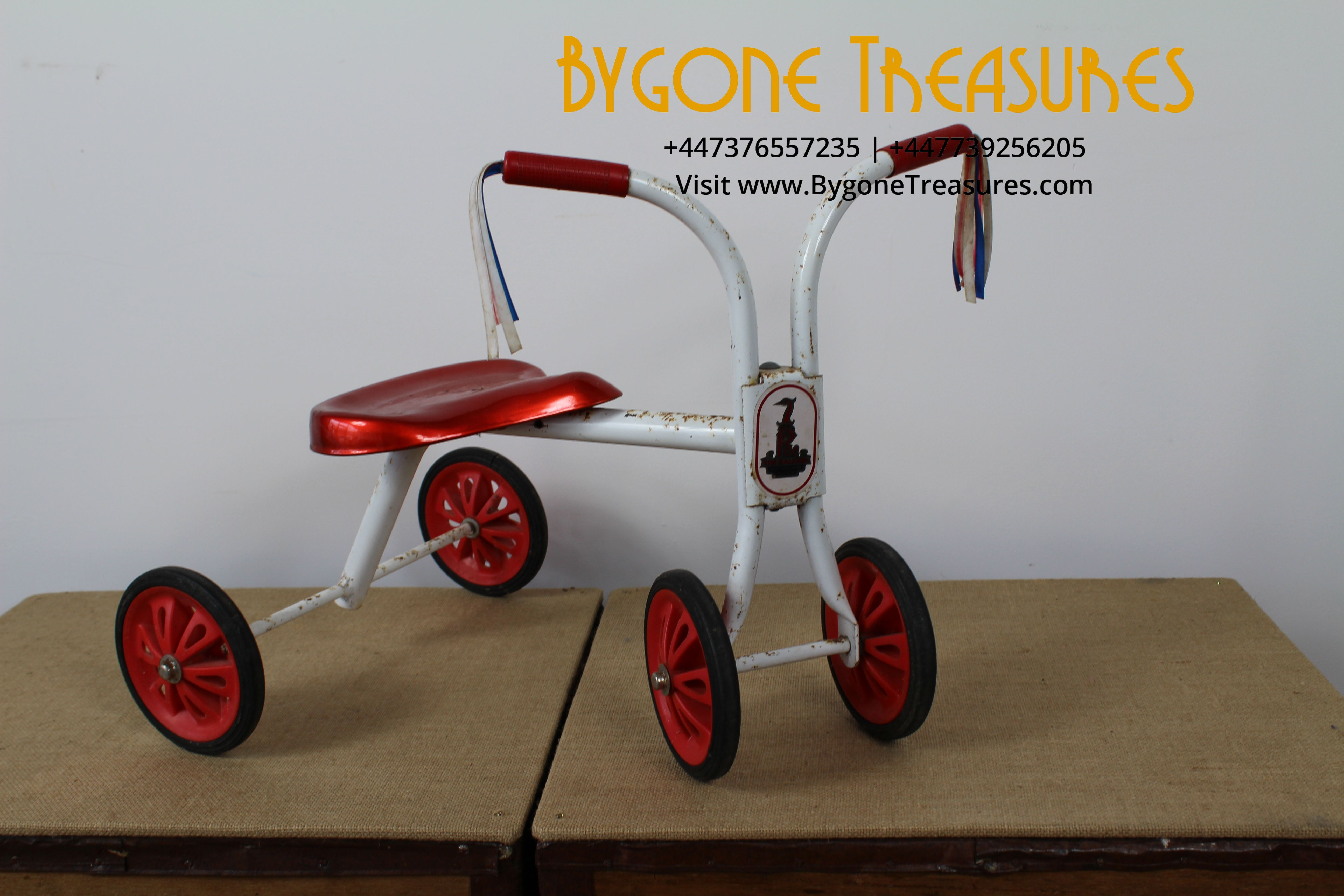 1960s RALEIGH TRIKE TRICYCLE FRONT AND SIDE