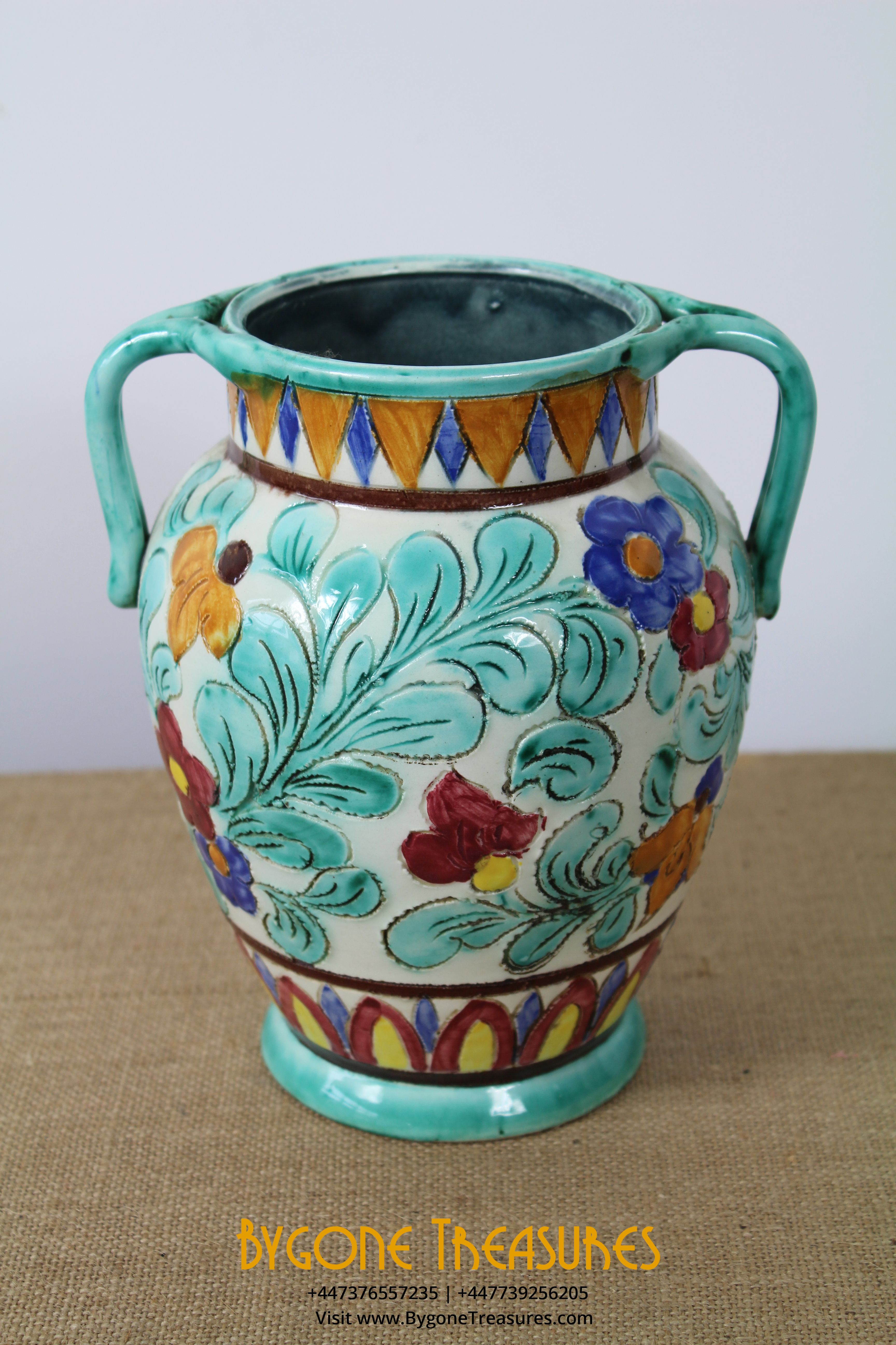SIGNED FLORAL TWIN HANDLED BAKEWARE VASE OVERALL VIEW