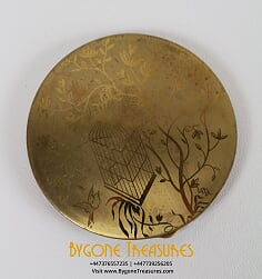 BRASS COMPACT WITH ACID ETCHED FREE BIRD SCENE (1)