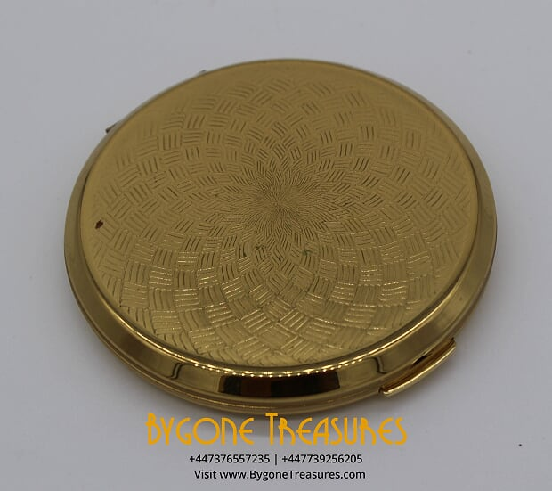 Ladies Brass Compact with engine turned design details (1)