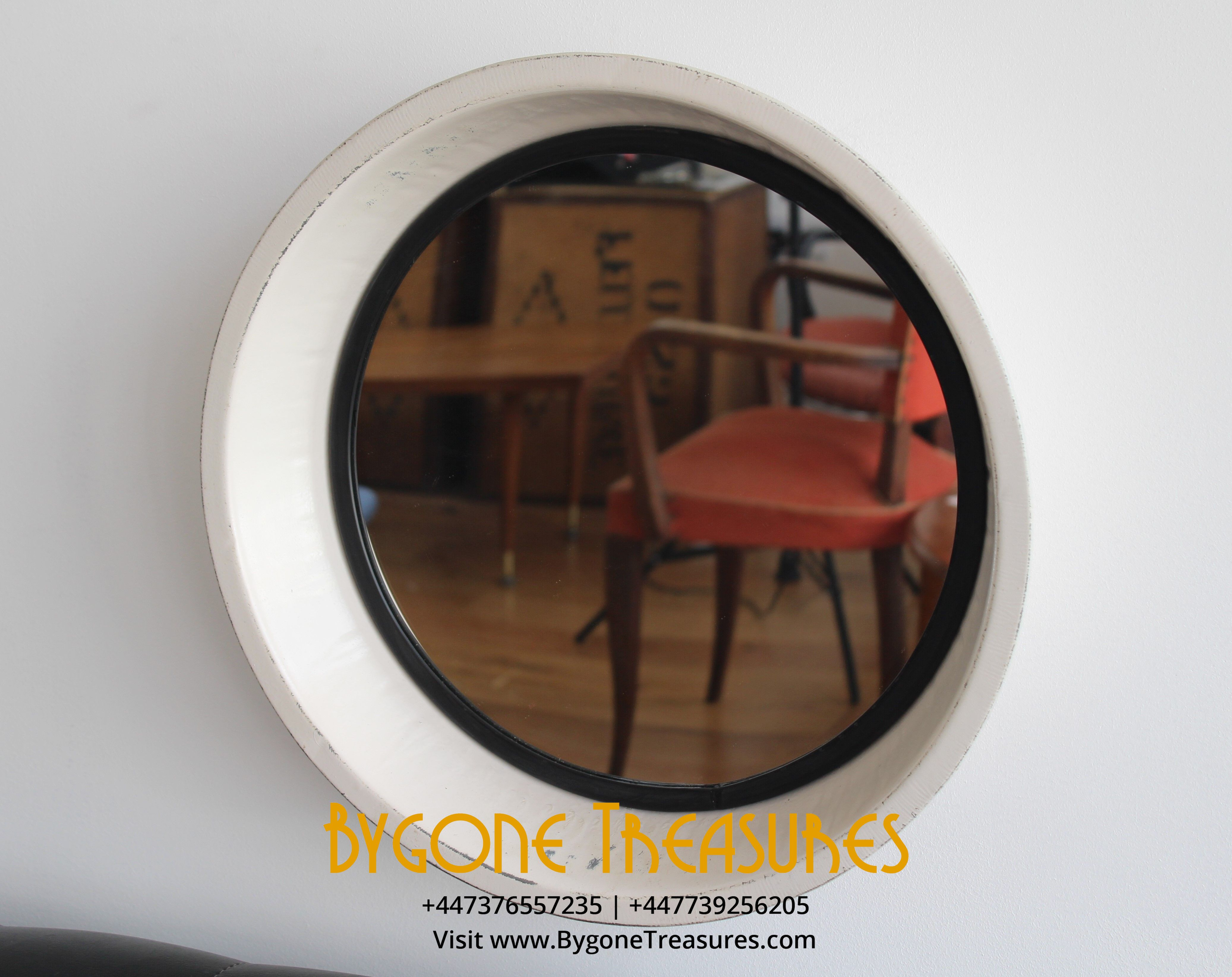 Round metal frame mirror (2)