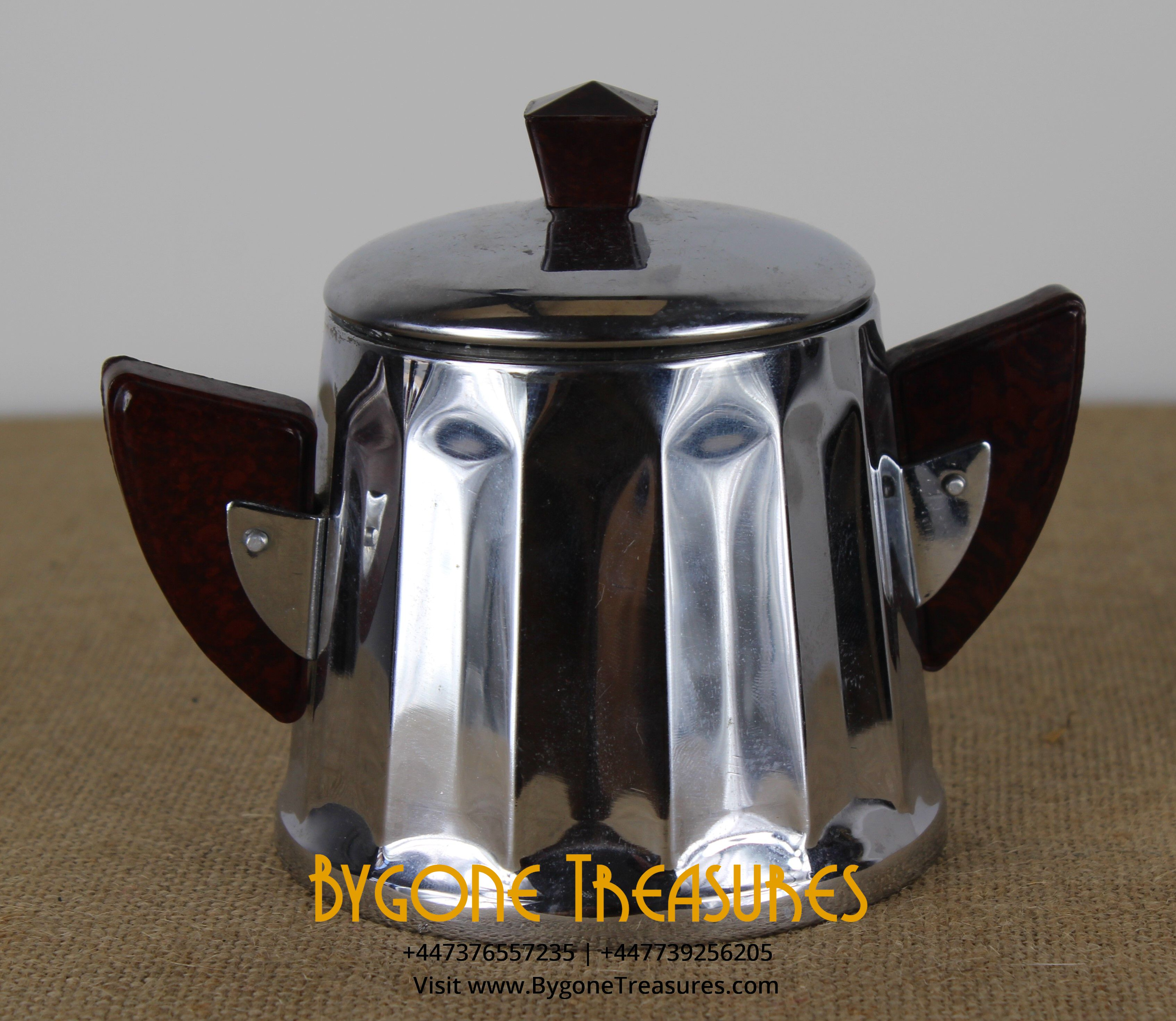Stainless steel sugar pot wih bakelite handles (1)